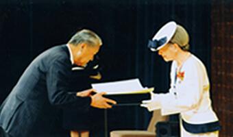 日本赤十字社 金色有功章