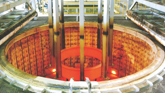 φ4,500×1,500ピット型焼入炉